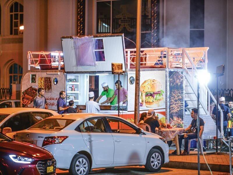 شرایط افتتاح رستوران در مسقط