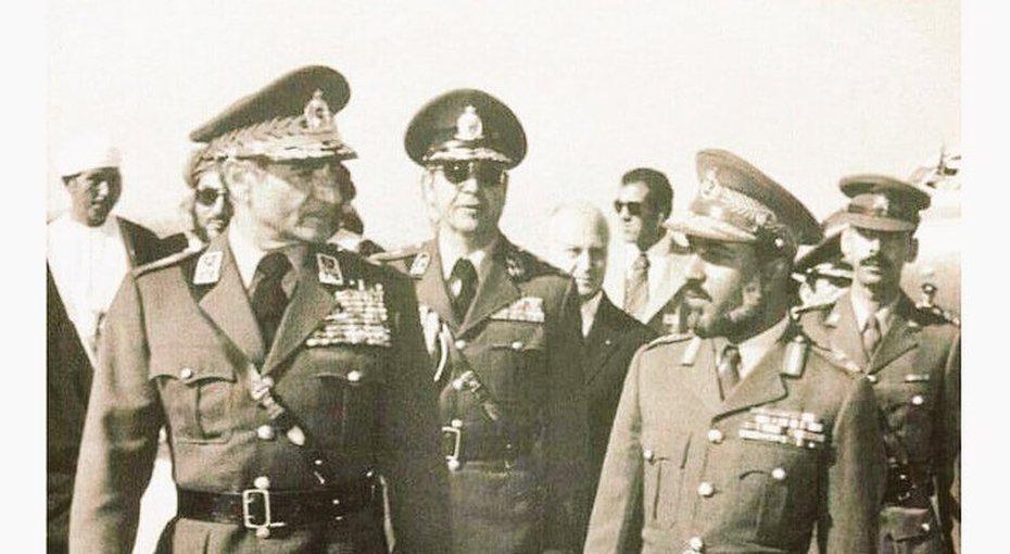 دیدار سلطان قابوس و محمدرضا شاه پهلوی